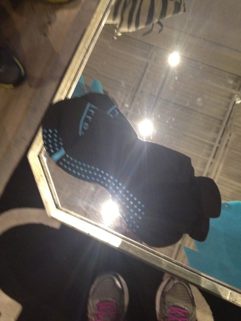 Barre sticky-bottom socks #socks #pilatessocks