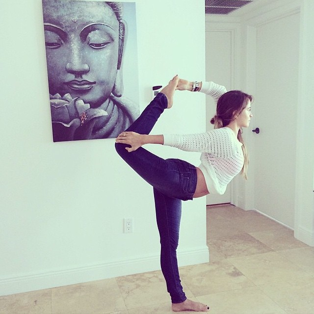 @yogabycandace-showing-off-how-flexible-you-can-get-when-wearing-AOS-Sarah-Yogas-Denim-showyouraos-Y