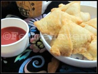 Dal ke Samose (lentils stuffed Triangular Snacks)