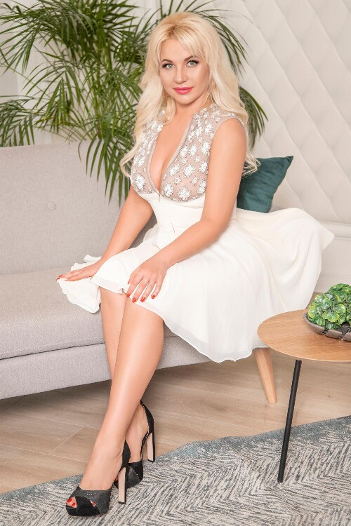 Roxolana femme russe a montreal