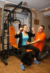 Exercices simples et efficaces pour travailler la posture : Gilles est aussi là pour effacer les maux du quotidien.