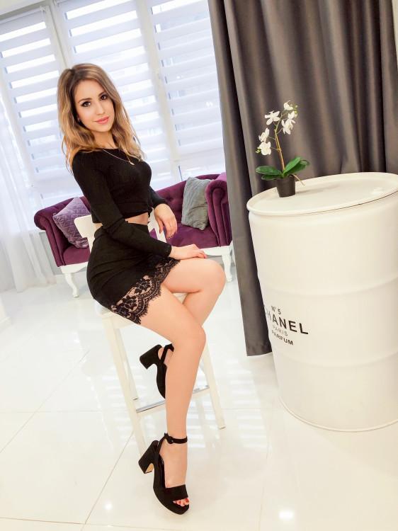 Elvira  femme russe en belgique