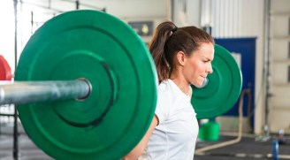 Why-Women-Should-Lift-Weights-and-4-Reasons-We-Dont