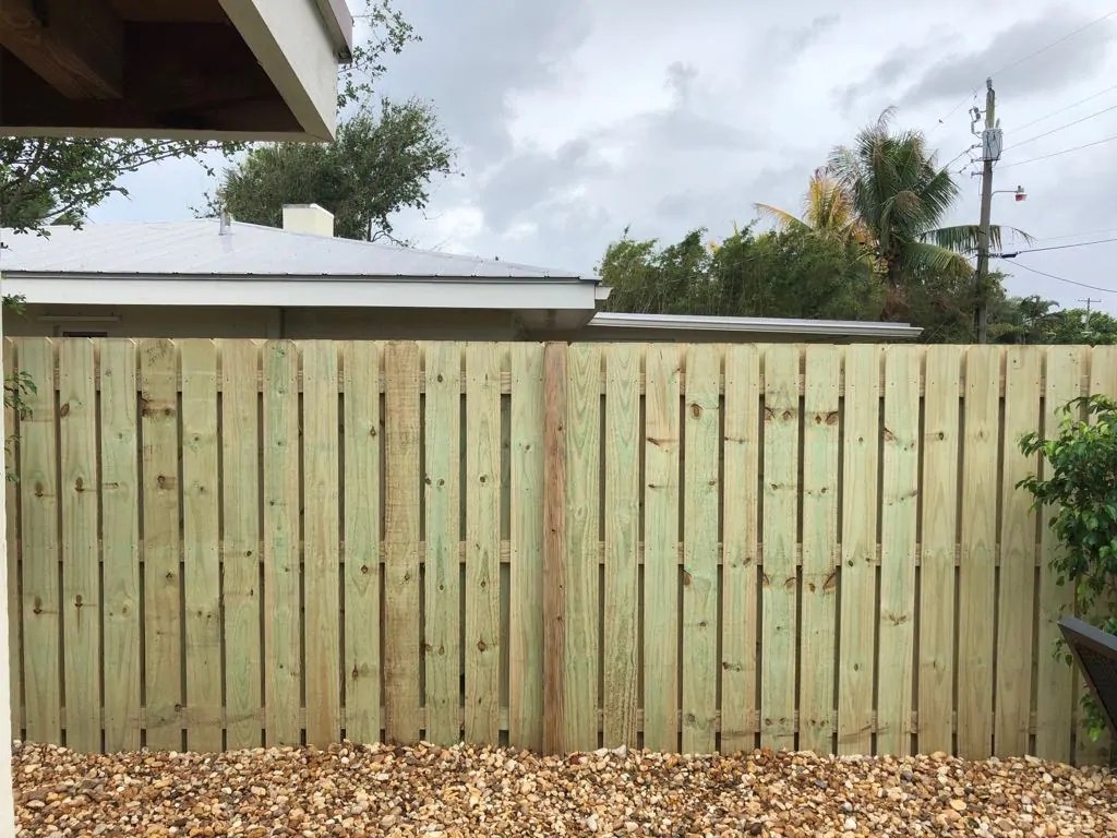 laredo tx wood fencing for residential and commercial