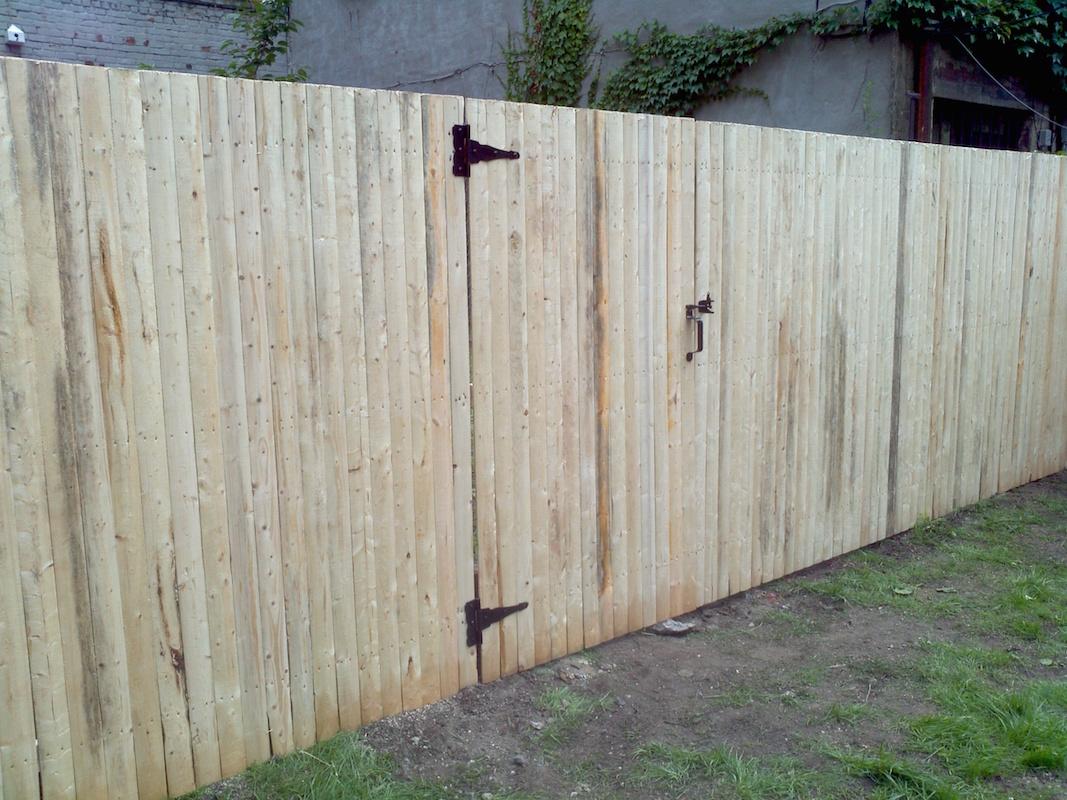 wood fencing woodrow fence