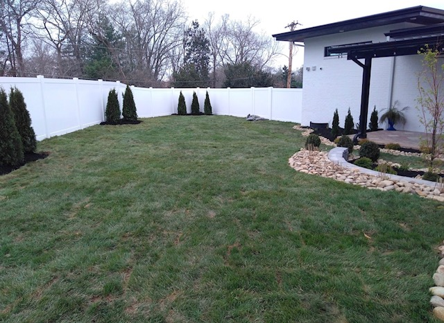 Choosing The Right Fence For Your Family Fence Kings Of