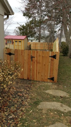 Wood Privacy Fence1