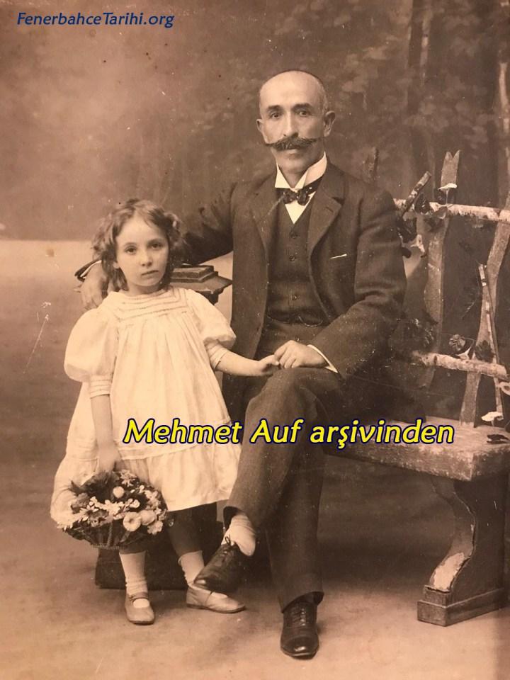 Ayetullah Bey'in Ailesini Bulduk