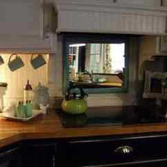 Kitchen Mirrors Holiday Rugs 21 Feng Shui Mirror Placement Rules And Tips For Your Home Behind Stove Is Not The Best Setup