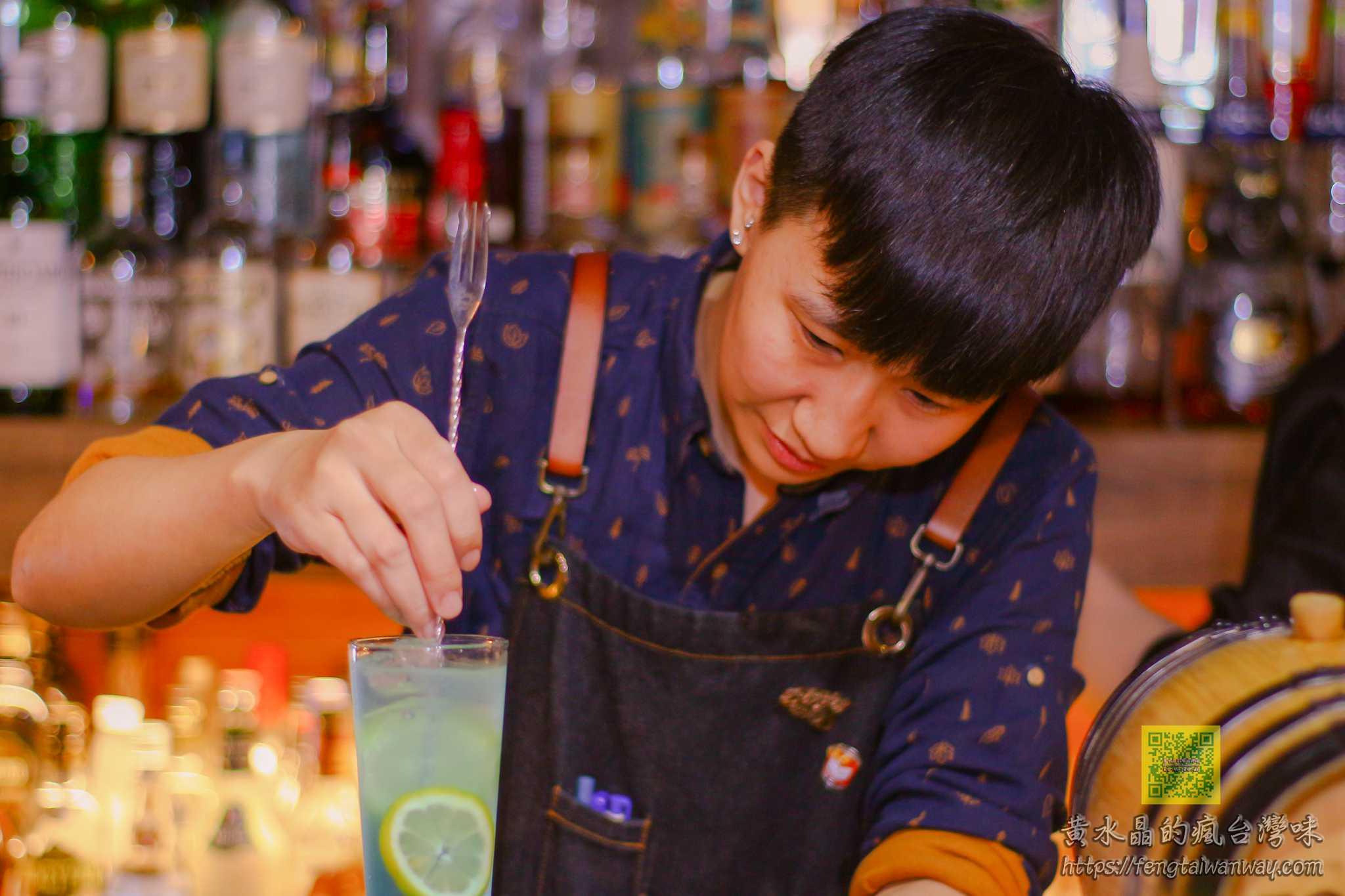 Mix Bistro餐酒館【桃園酒吧】 網美IG熱門打卡客製化調酒,職人調酒師的夏日微醺專業TIKI調酒 @黃水晶的瘋台灣味