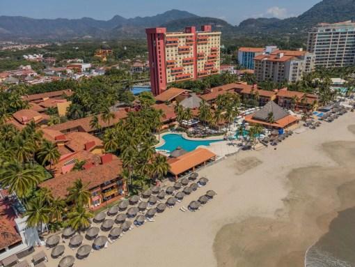 Holiday-inn-resort-ixtapa-zihuatanejo-Agencia de Viajes Fenix Traveler