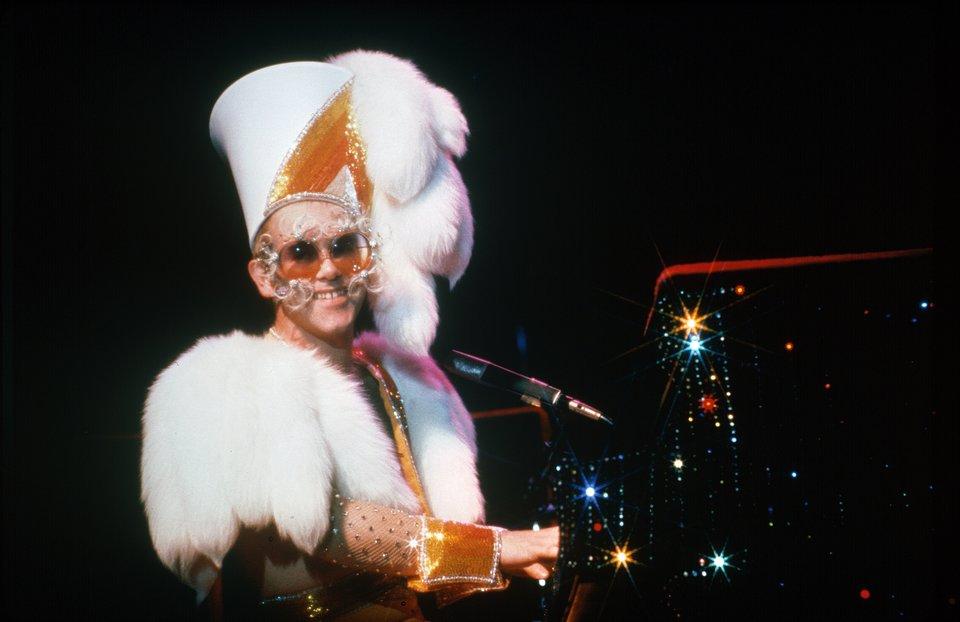 Elton Live