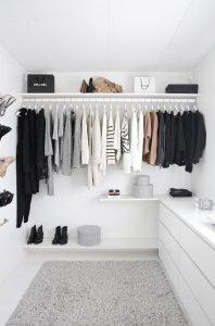 minimalist wardrobe chanel fenntarthato.cafeblog