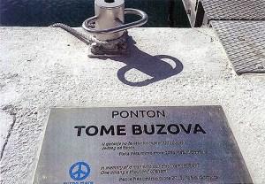 Ponton Toma Buzova