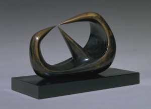 Three Points 1939-40 Henry Moore OM, CH 1898-1986 Presented by the artist 1978 http://www.tate.org.uk/art/work/T02269