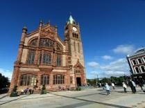 Le Guildhall de Derry dans le centre historique
