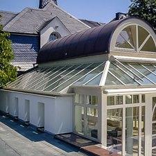 Wintergarten-Orangerie-Wohnwintergarten-Glashaus-Kaltwintergarten-Sommergarten-Warmwintergarten-Pergola-Terrassendach-Terrassenüberdachung-Alu-Glas-Warema