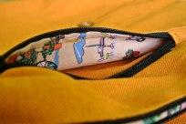 Detalle del interior de los bolsillos exteriores