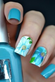 easy flower nail art design