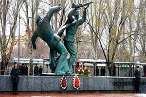 Памятник воинам Керченско-Феодосийского десанта, Феодосия