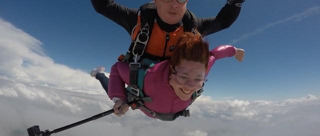 saut en parachute tandem - dijon - parachute - bfcparachutisme