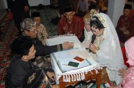 Minta ijin untuk dinikahkan oleh Bapak