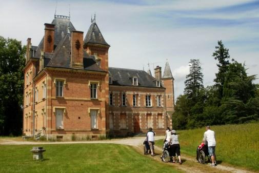 Către castelul din Mont-Evray