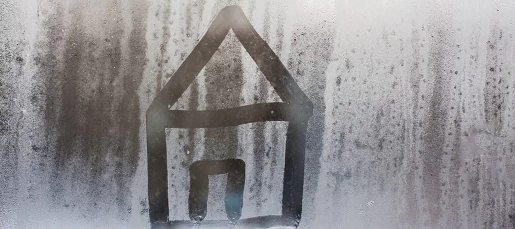 Condensul pe ferestrele PVC cu geam termopan
