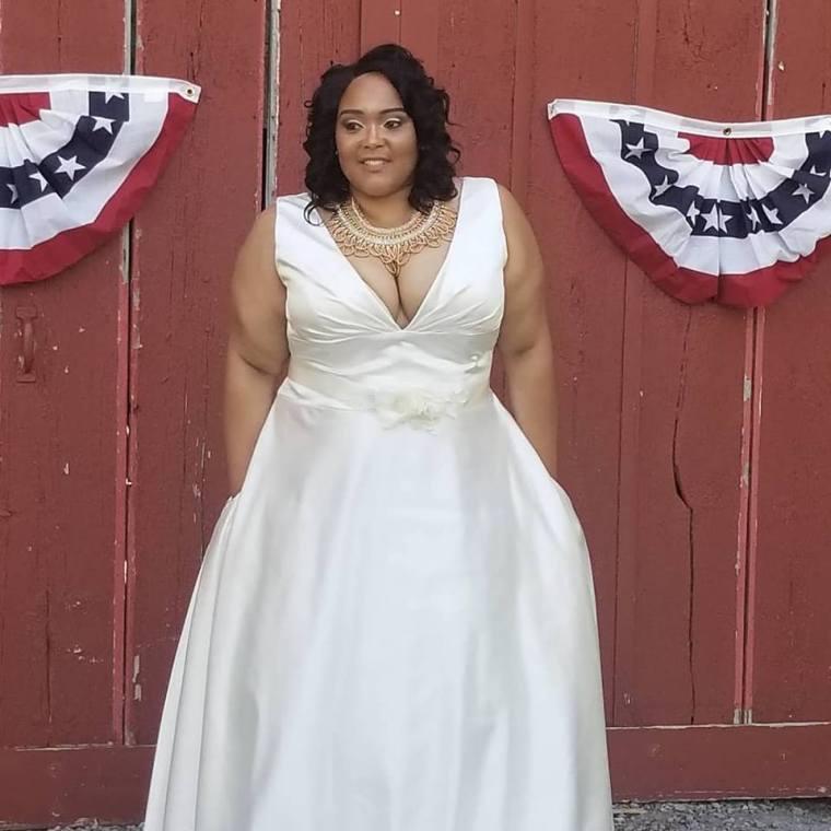 Rahjinah on her wedding day.  Family weddings are fun.