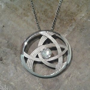 custom jewellery pendant with round diamond