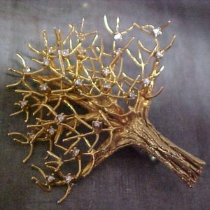 custom jewellery gold tree broach with diamond accents