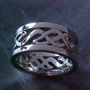 custom celtic wedding ring