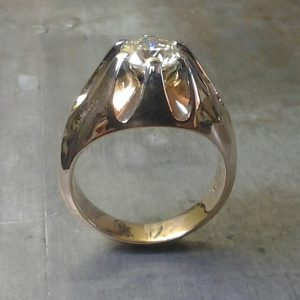 gold ring with large stone setting