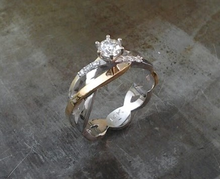 2 tone weblike engagement ring