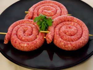 beef caremalised onion sausage