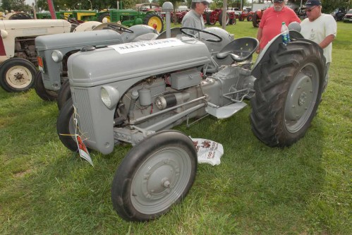 small resolution of 1946 ford 2n owned by walter ratts of shattee il for sale 6183224735