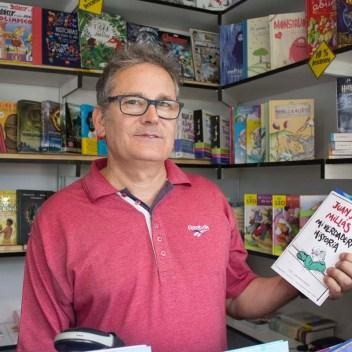 Librería Papelería Martínez - Manuel Martínez