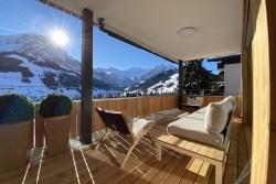 Balkon-Terrasse-Ferienwohnung-Alpenrose-Adelboden.jpg