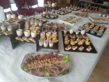 Buffet avec les produits de la ferme