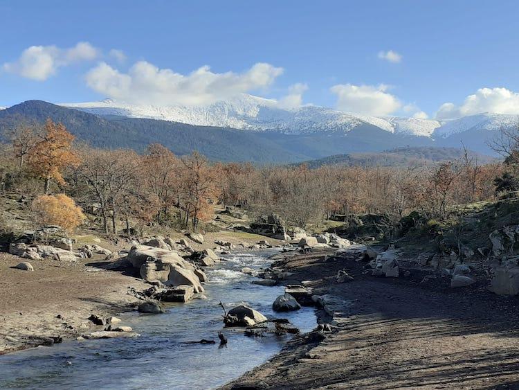 paisaje rio