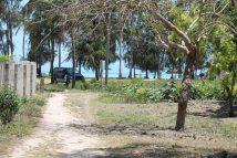 Weg zum Strand in Nungwi - Sansibar