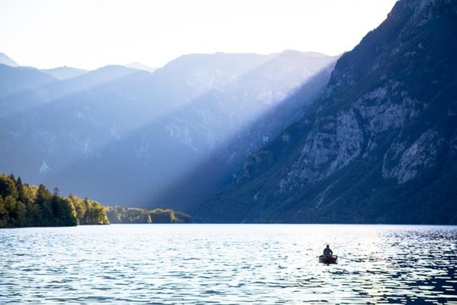 Lake Bohinj - Romantik und Natur pur an diesem See in Slowenien