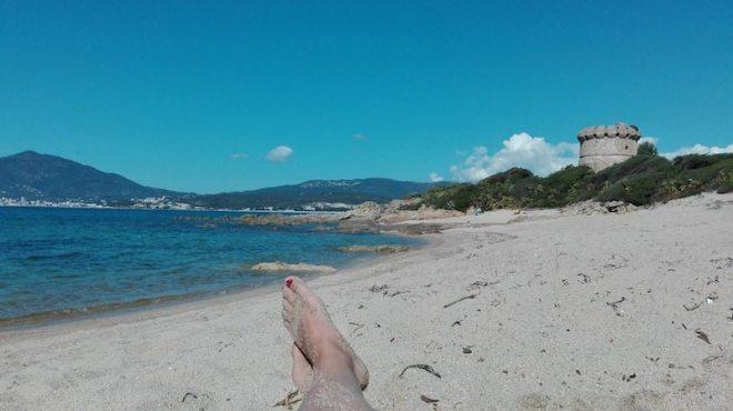 Strand Tour de Capitello in Porticcio an der Westkueste Korsikas