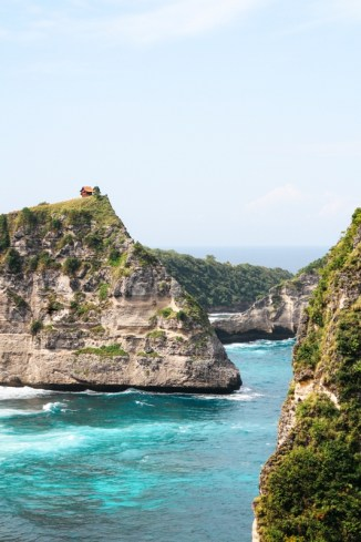 Geheimtipp Bali: Nusa Penida Atuh Beach - einer der schönsten Strände der Welt