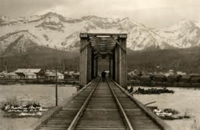 Great Norther Railway bridge spans the Elk River in Fernie