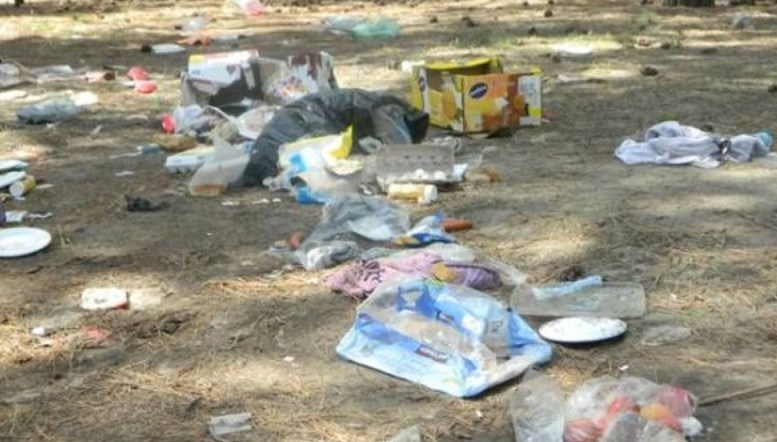 Koocanusa campers garbage copy