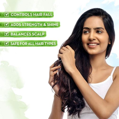 Mamaearth Onion Hair Oil for hair fall Control with Onion & Redensyl