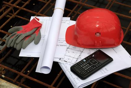 <strong>Seien Sie vom ersten Bleistiftstrich bis zur Übergabe an den Bauherren dabei.</strong><br /> © girodjl - Fotolia.com