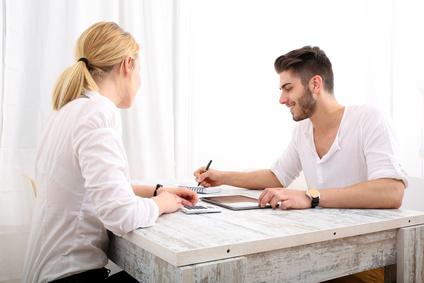 <strong>Absolventen des Master-Studiengangs Tax and Business Consulting sind vorwiegend als Unternehmensberater, Wirtschaftsprüfer oder Controller tätig.</strong><br /> © Spectral-Design - Fotolia.com