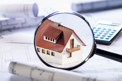 <strong>Lernen Sie wie man bebaute und unbebaute Grundstücke richtig bewertet.</strong><br /> © Eisenhans - Fotolia.com